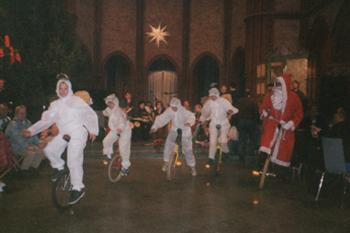 Eywie Einrad als Weihnachtsmann